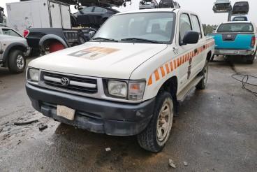 Toyota hilux 2.4td 2001 para peças
