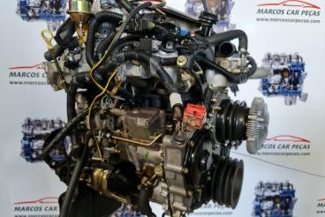 Motor Nissan Terrano 2.7TD Bomba elétrica REF. TD27